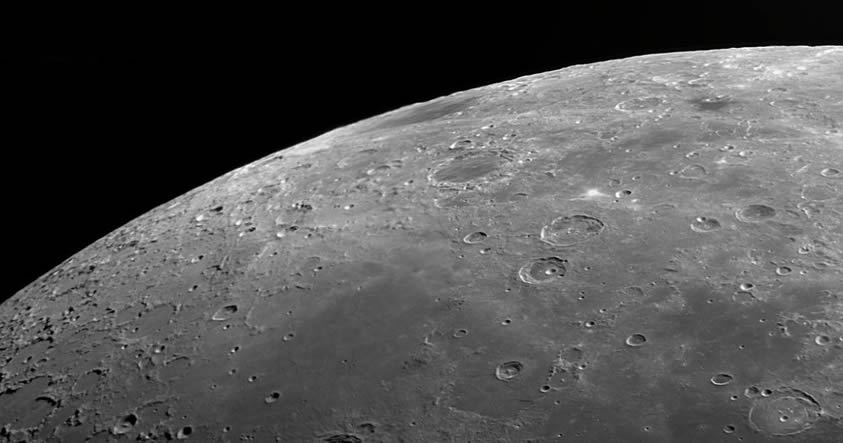 Descubren que la Luna ha recibido oxígeno de la Tierra desde hace miles de millones de años