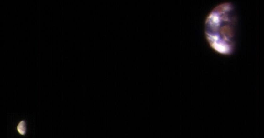 Esta es la Tierra y la Luna vistas desde Marte
