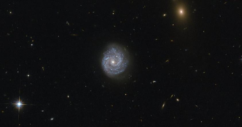 Obtienen fotografía de un agujero negro que viola las leyes de la Física