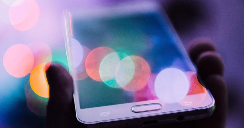 Ráfagas cósmicas del espacio exterior podrían causar estragos en nuestros smartphones