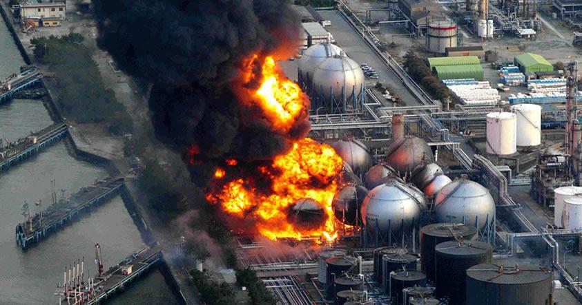Fukushima: Japón declara Estado de Emergencia, reactor nuclear a punto de caer al Océano
