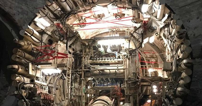 Elon Musk ha comenzado a excavar un túnel subterráneo gigante en Los Ángeles