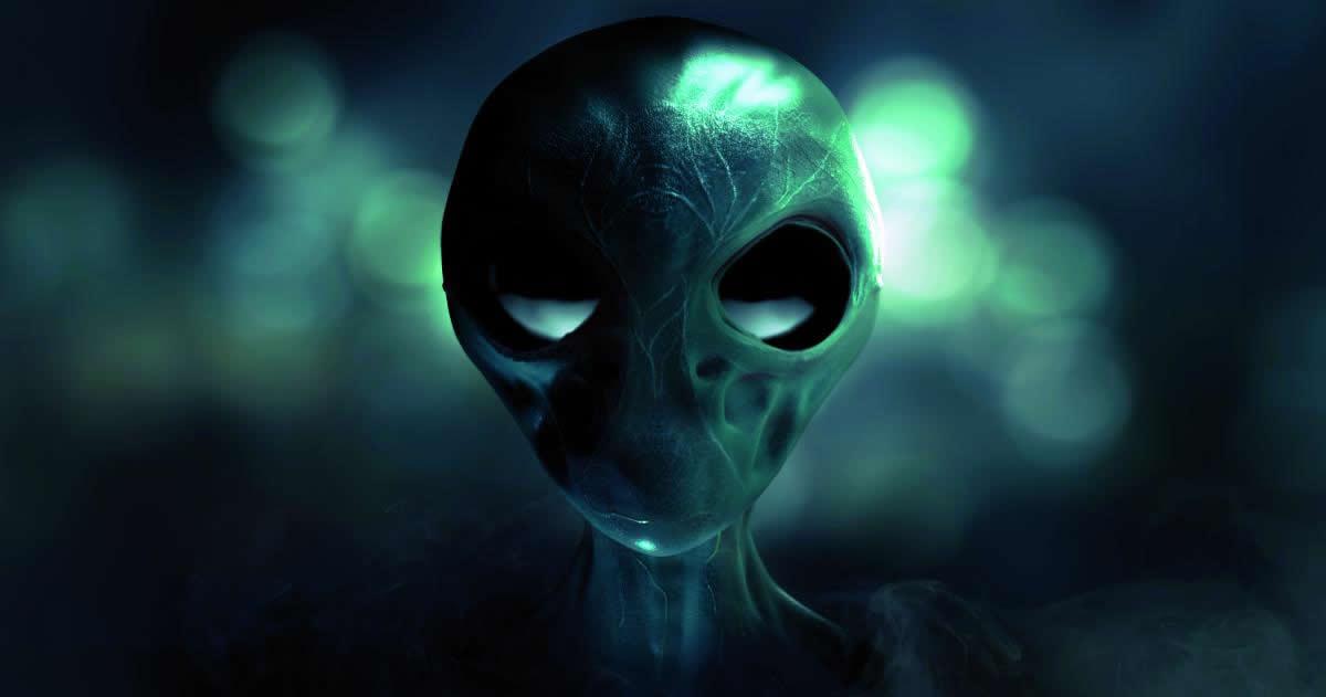 ¿Están estas 5 especies extraterrestres luchando por dominar la Tierra?