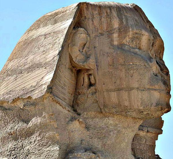 Se cree que el rostro de la Gran Esfinge representa al faraón Kefrén, o quizás a su padre, el faraón Keops.