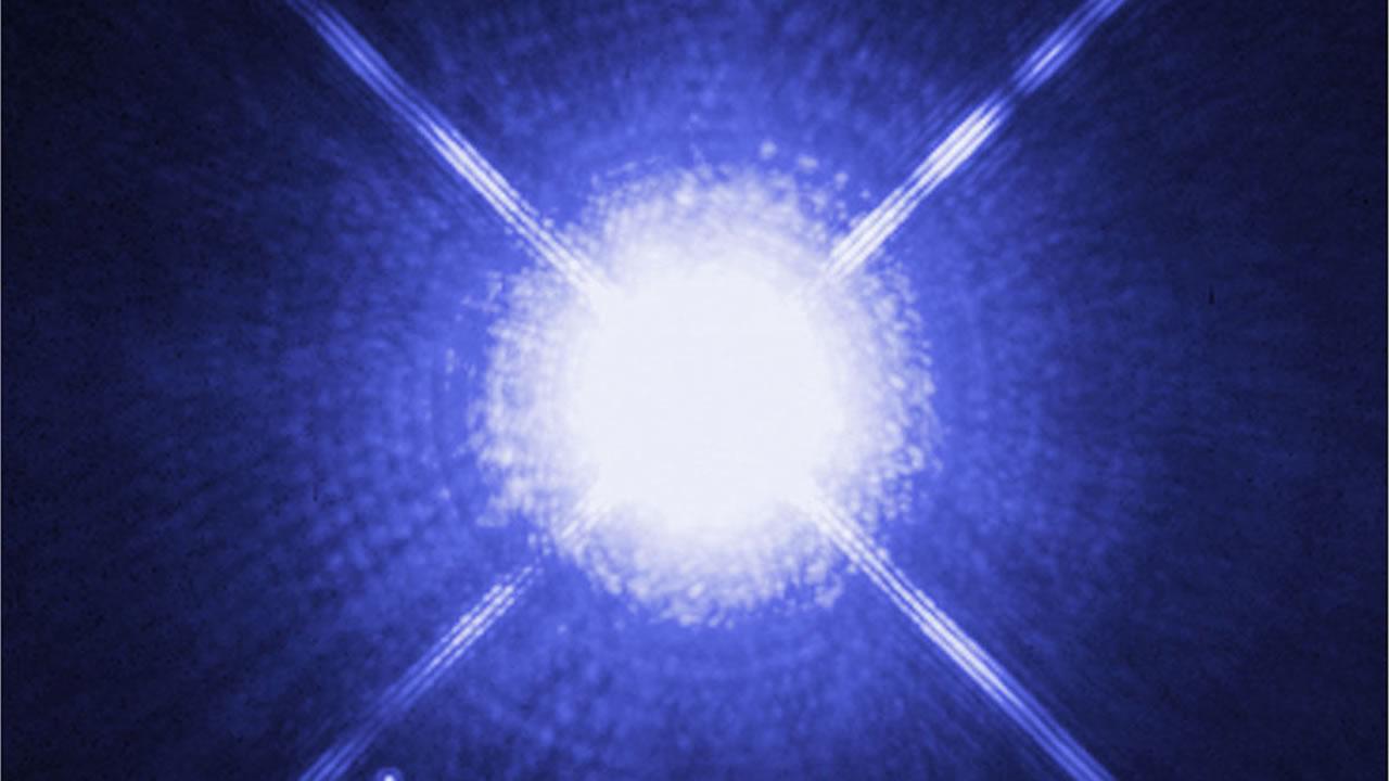Científicos creen que podríamos llegar a la estrella más brillante del cielo en 69 años