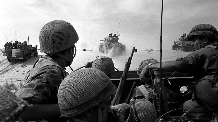 Avance de las tropas israelíes por la Franja de Gaza durante la Guerra de los Seis Días.