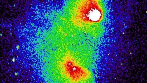Dos cúmulos de galaxias se están fusionando a 2.400 millones de años luz