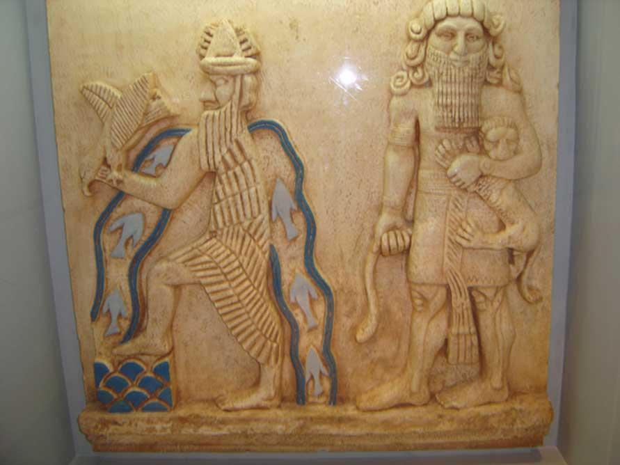 Relieve con una posible representación de Enki y Ziusudra.