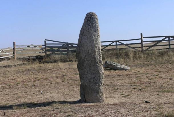 Menhir en Akhunovo