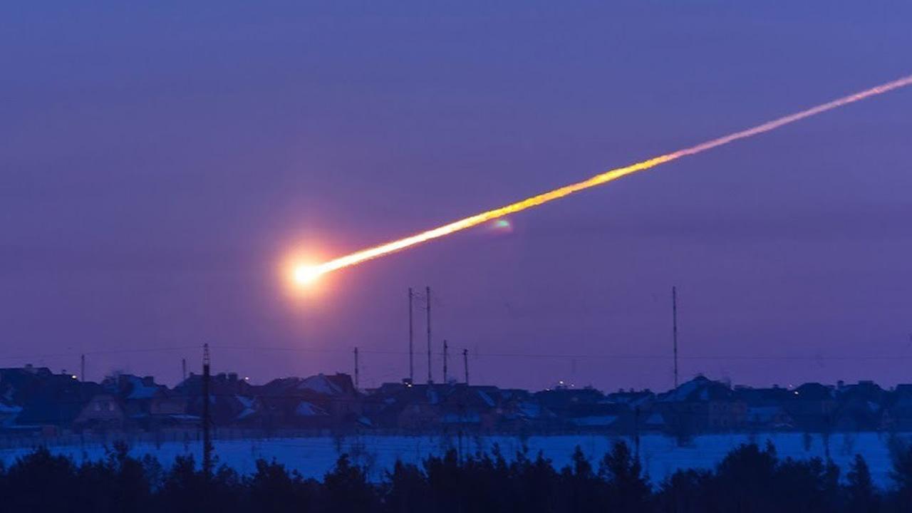 Científico lanza alerta: Próximo impacto de un gran asteroide es cuestión de tiempo