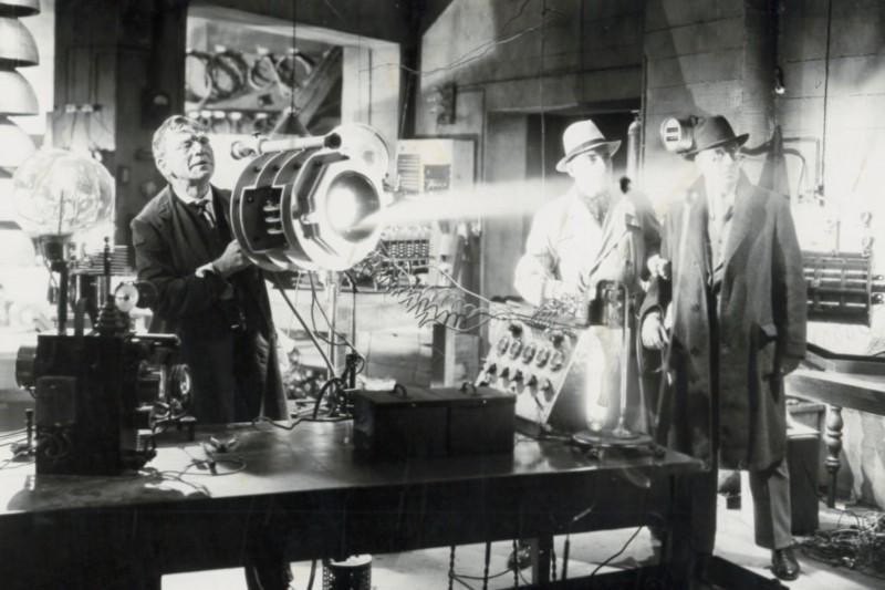 Los rayos de la muerte eran un concepto popular en el tiempo de Tesla.
