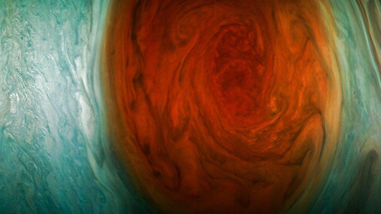 NASA publica «las mejores fotos» de la Gran Mancha Roja de Júpiter