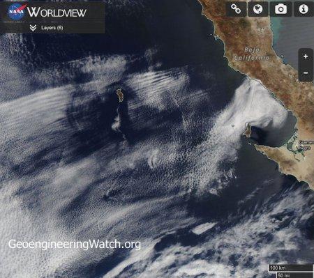 Océano Pacífico oriental al oeste de Baja California