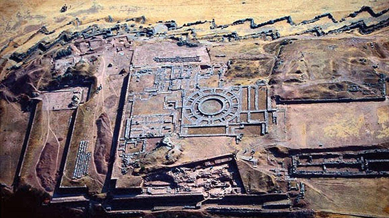 Sacsayhuamán: Descubren un sistema de escritura oculto de 30.000 años