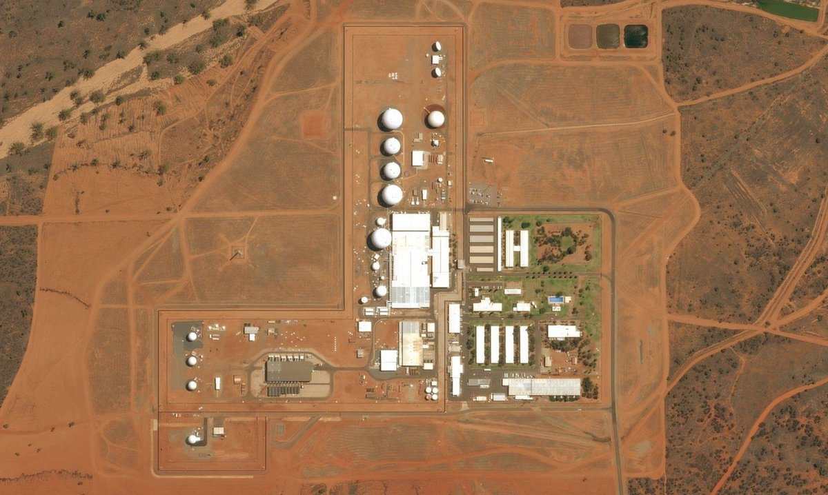 Una imagen aérea de la instalación de vigilancia de Pine Gap, situada cerca de Alice Springs en el Territorio del Norte de Australia.