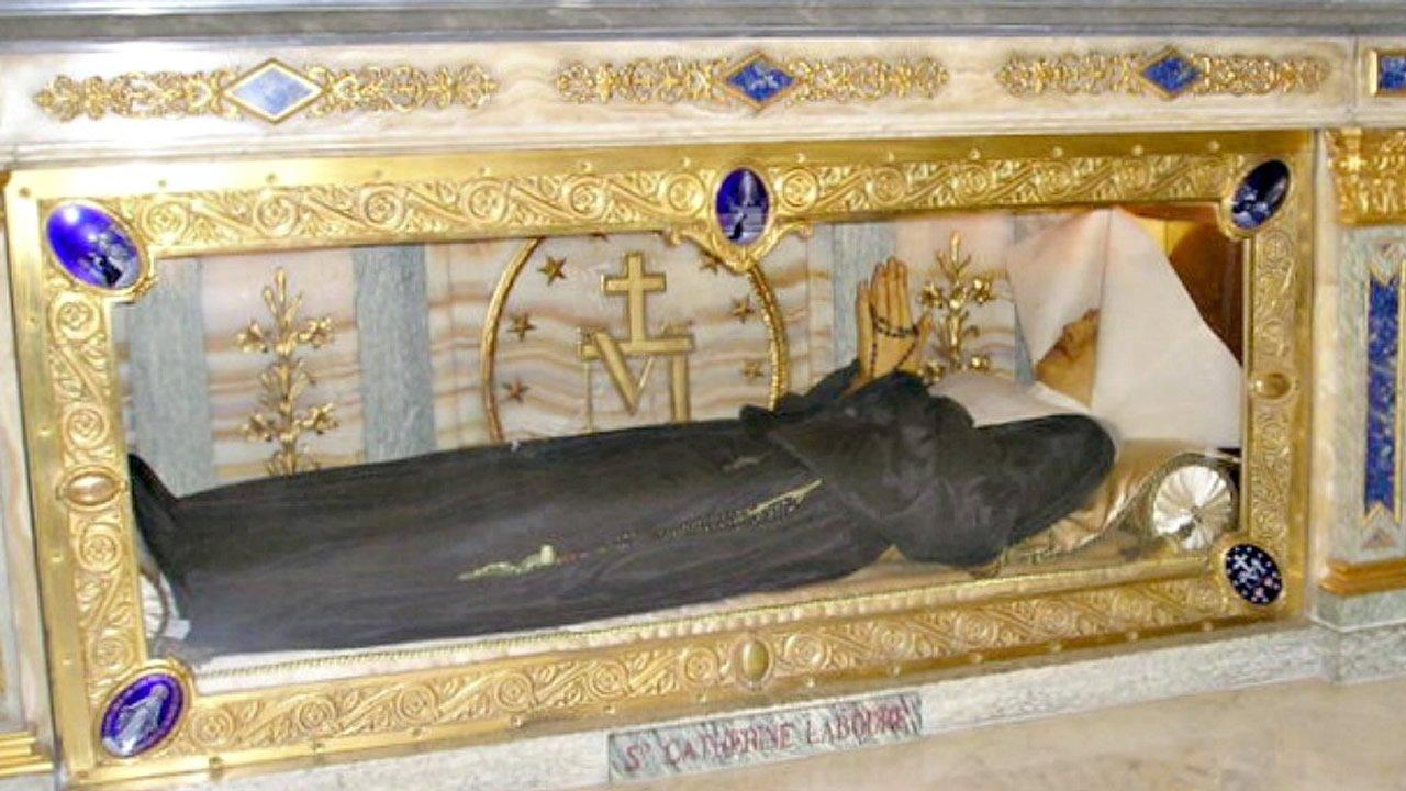 Cadáveres de figuras sagradas incorruptibles que desafían las leyes de la ciencia