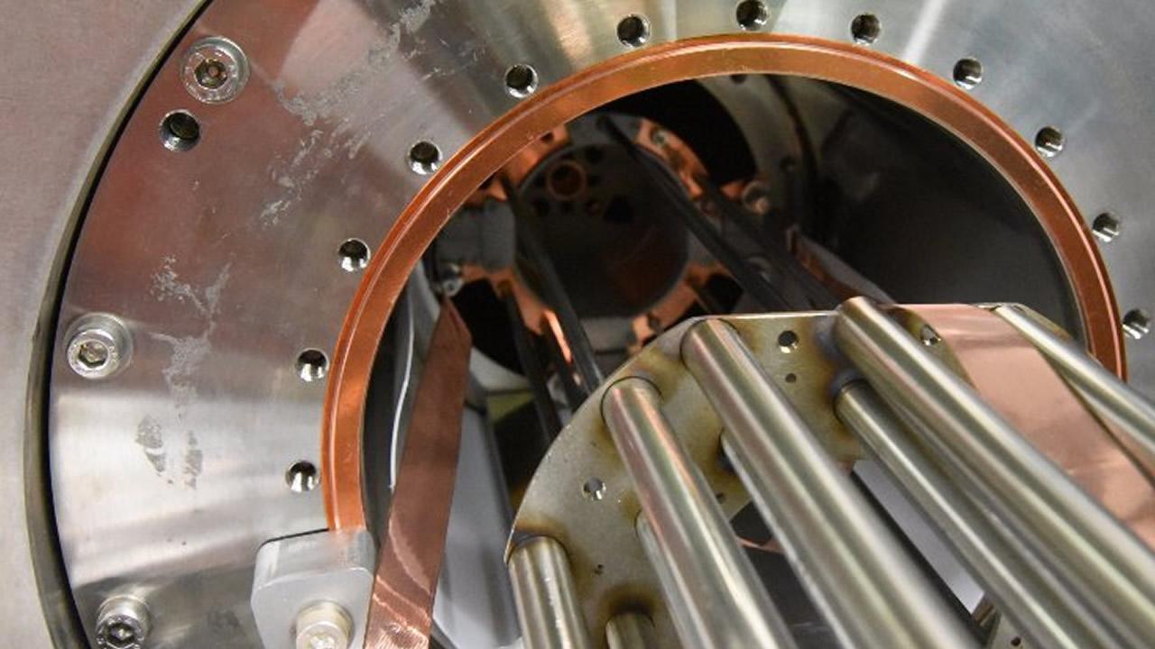 Físicos han capturado las primeras huellas dactilares espectrales de la antimateria