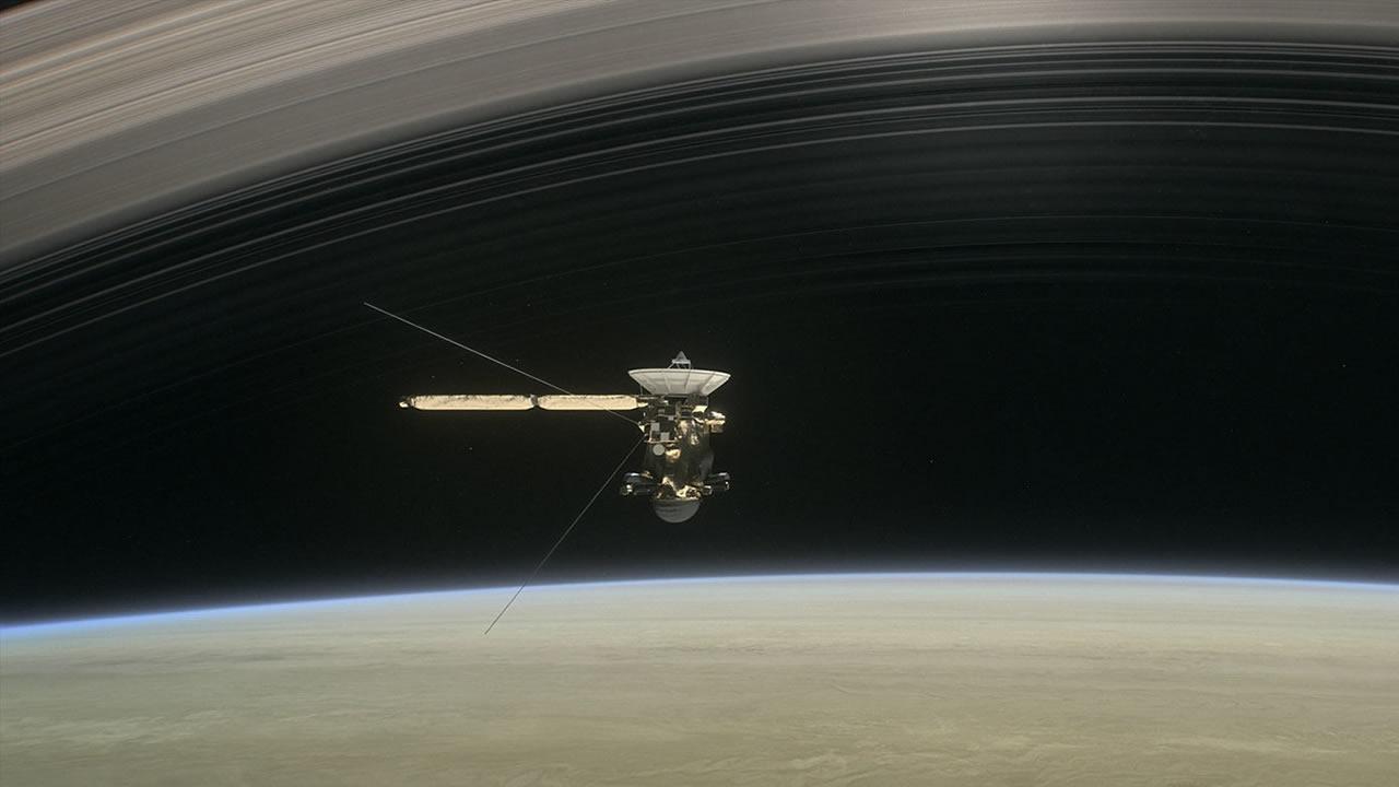 Cassini dará cinco vueltas más sobre Saturno antes de su muerte