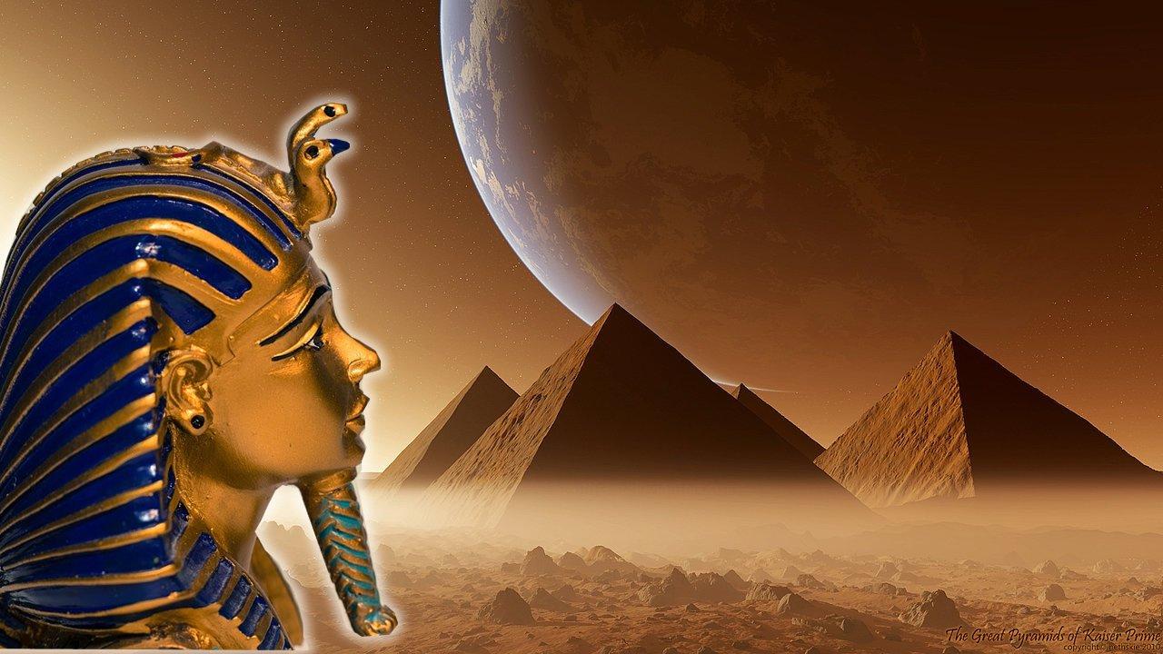 Pirámides y Humanoides gigantes en Marte: Documento de la CIA demuestra la existencia de una antigua civilización