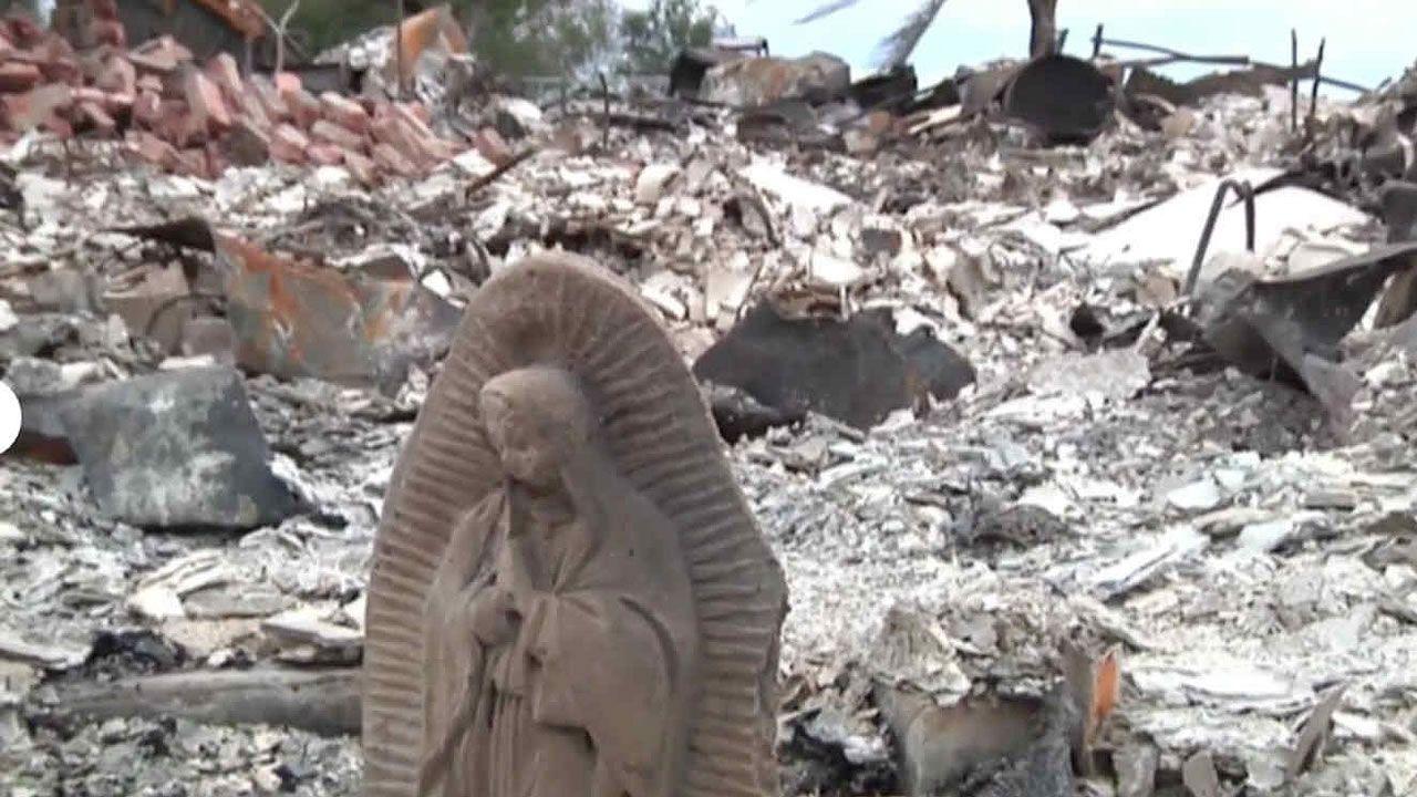 Estatua de Virgen María queda en pie luego de Huracán Harvey
