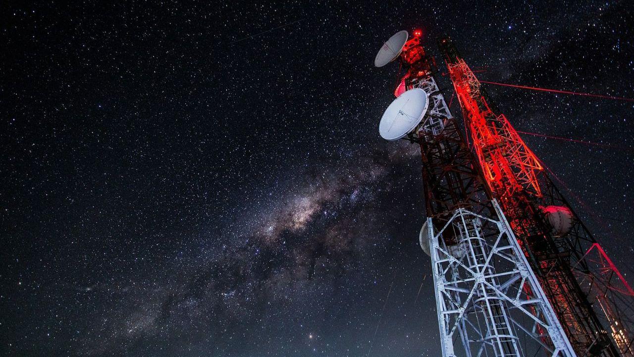 Astrofísicos detectan 15 señales enigmáticas de otra galaxia