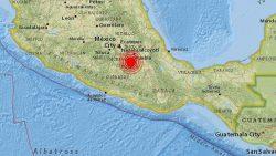 Dos terremotos casi simultáneos sacuden México