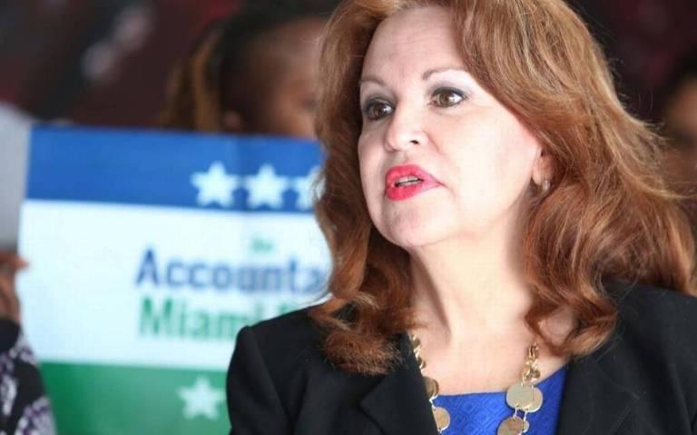 Bettina Rodríguez Aguilera, ex concejala de la ciudad de Doral (Miami) y primera directora económica de la ciudad, se postulará para reemplazar al Congreso en 2018. Rodríguez Aguilera dijo durante una presentación televisiva en 2008 que ha visto alienígenas extraterrestres a lo largo de su vida