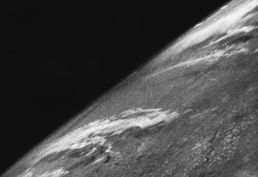 Primera fotografía de la historia tomada desde el espacio, desde un cohete V-2
