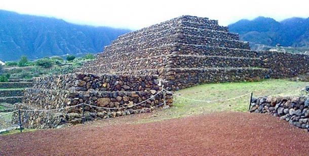 Una de las pirámides de Güímar