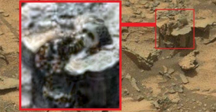 ¿Un rostro esculpido en una roca de Marte?