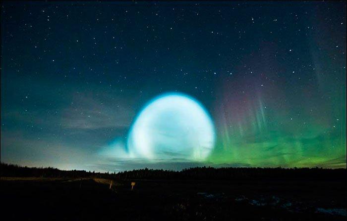 ¿Es esta la explicación a la misteriosa esfera de luz flotando sobre Siberia?