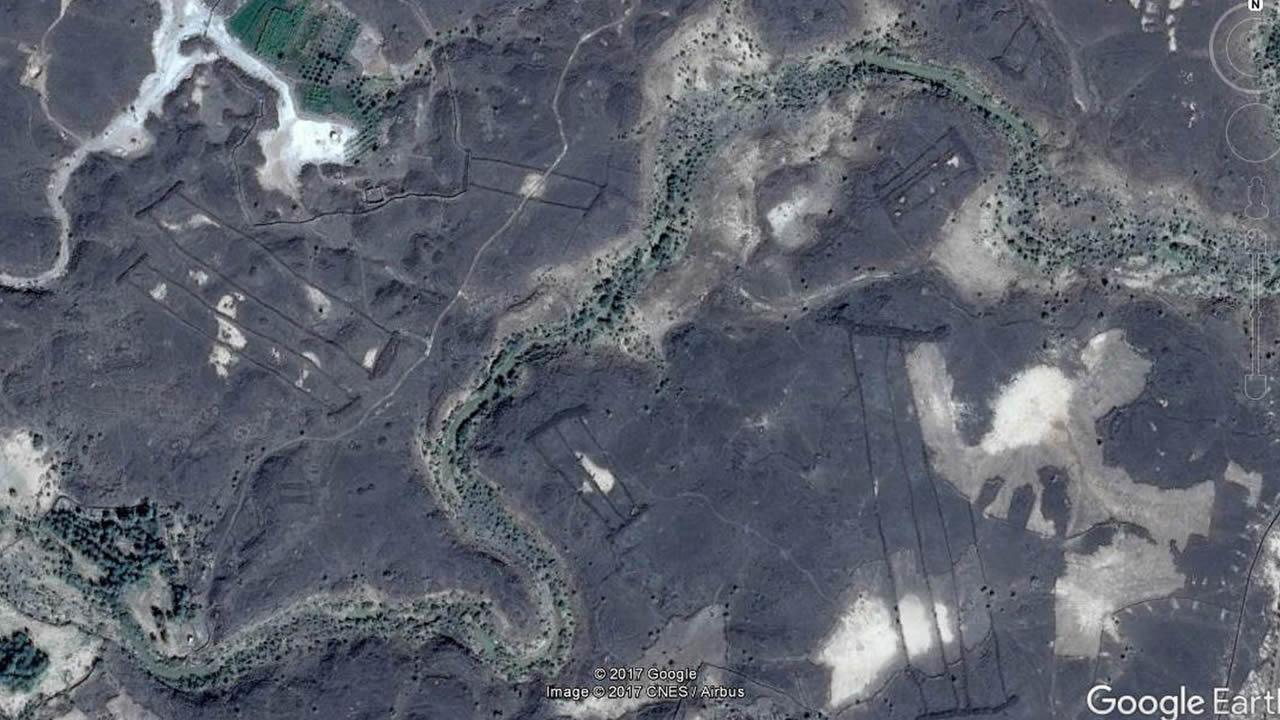 Hallan cientos de misteriosas estructuras de piedra en Arabia Saudita