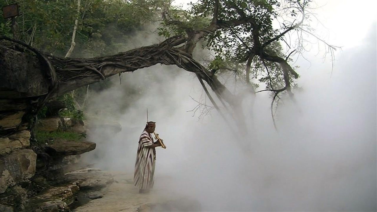 El río hirviente del Amazonas peruano que alcanza los 100 grados centígrados