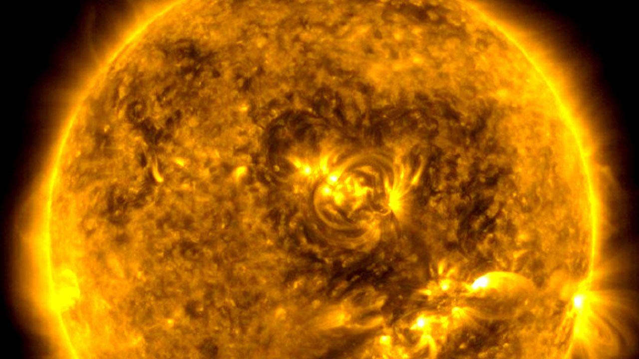 Un «corazón» aparece en el Sol: ¿Una señal de nuestra estrella?