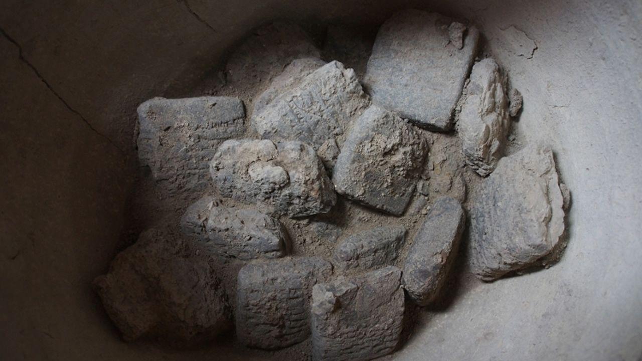 Hallan 93 tablillas cuneiformes de 3.250 años de antigüedad