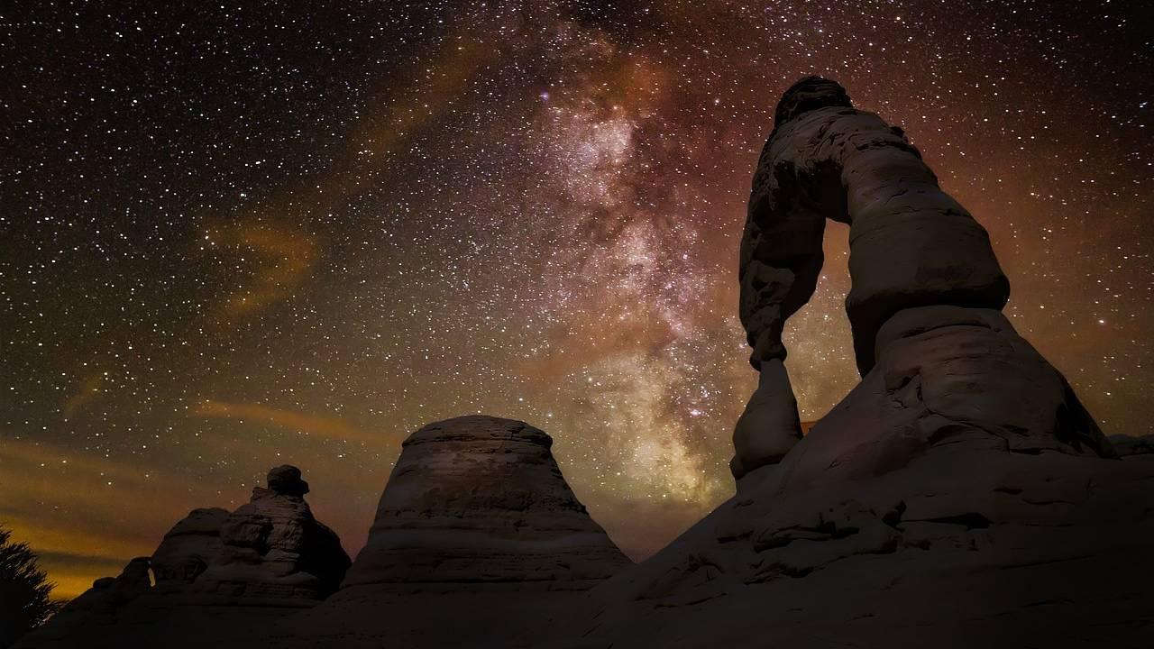 Astrónomos: «La Vía Láctea es más grande de lo que se pensaba»