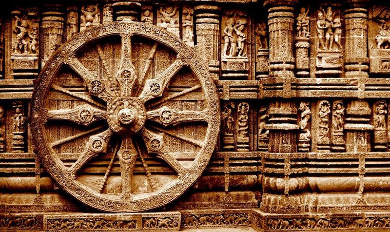 Una de las 24 ruedas del templo