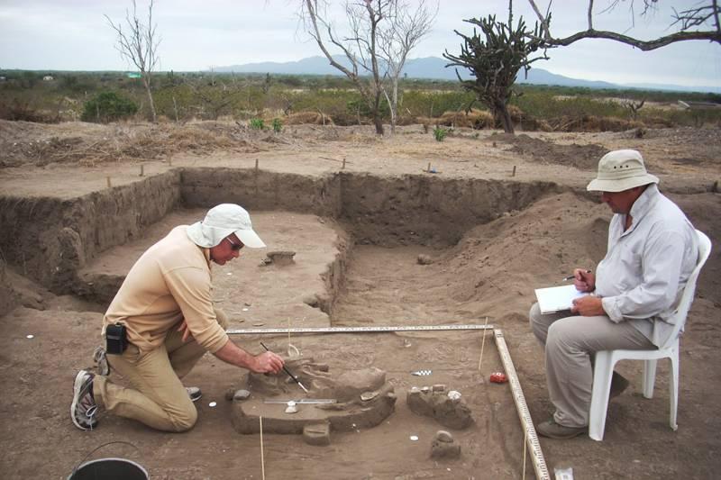 Arqueólogos rusos trabajan en el antiguo asentamiento de Real Alto