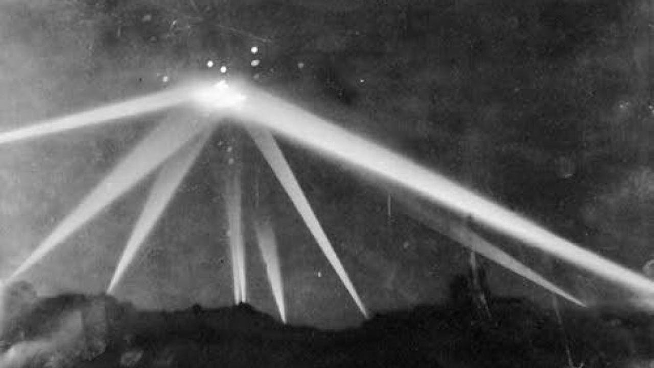 ¿Es este el vídeo original de la Batalla de Los Ángeles de 1942?