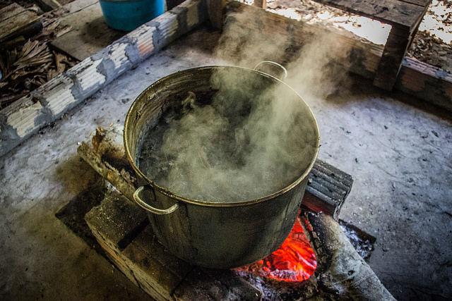 Preparación tradicional de la Ayahuasca