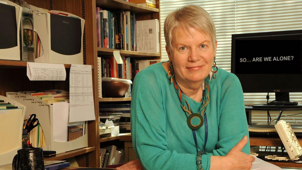 JIll Tarter, ex directora de SETI: «Una señal alienígena no llega a los EE.UU, llega al planeta Tierra»