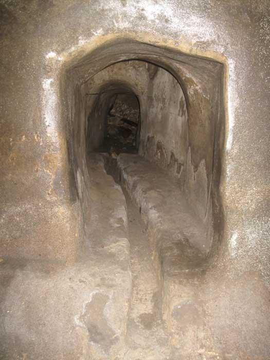 Se han encontrado bajo La Valeta, capital de Malta, refugios, túneles y depósitos, aunque su propósito original es aún objeto de debate