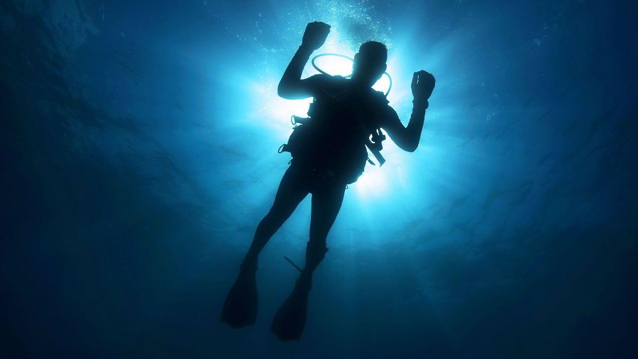 Captan escalofriante zumbido de la Tierra en el fondo del mar