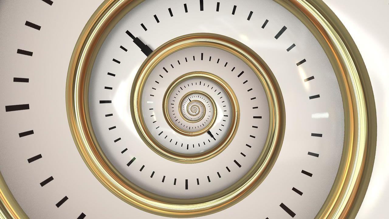 Físicos crean conjuntos de condiciones en las que el tiempo funciona al revés