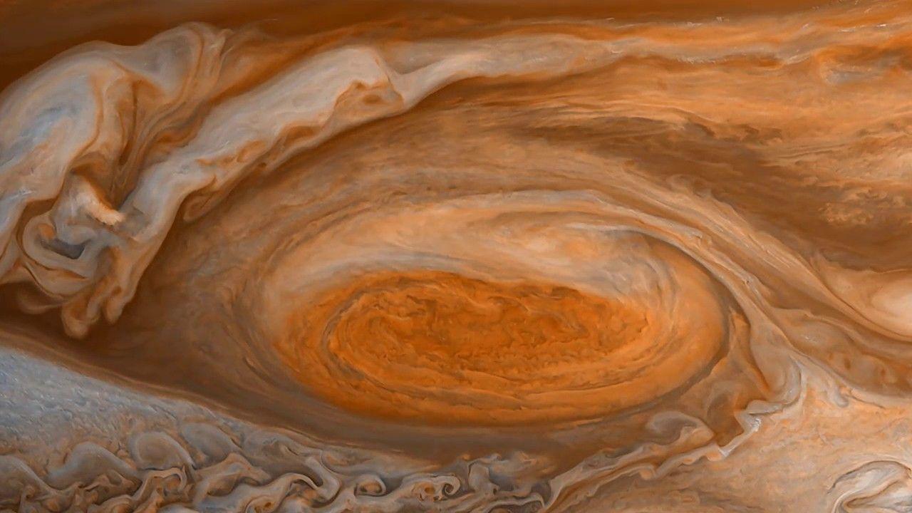 Esto es lo que Juno descubrió al volar por la Gran Mancha Roja de Júpiter