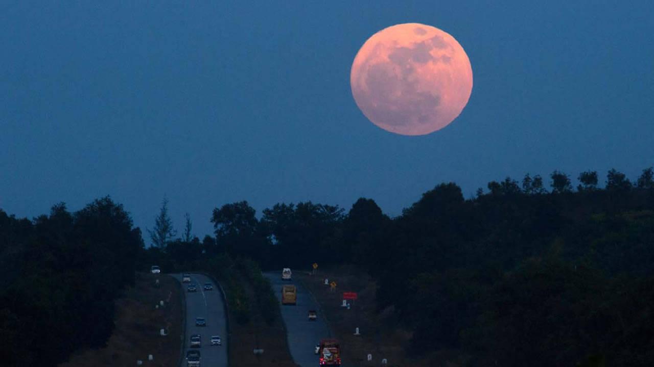 La superluna visible en varias partes del mundo