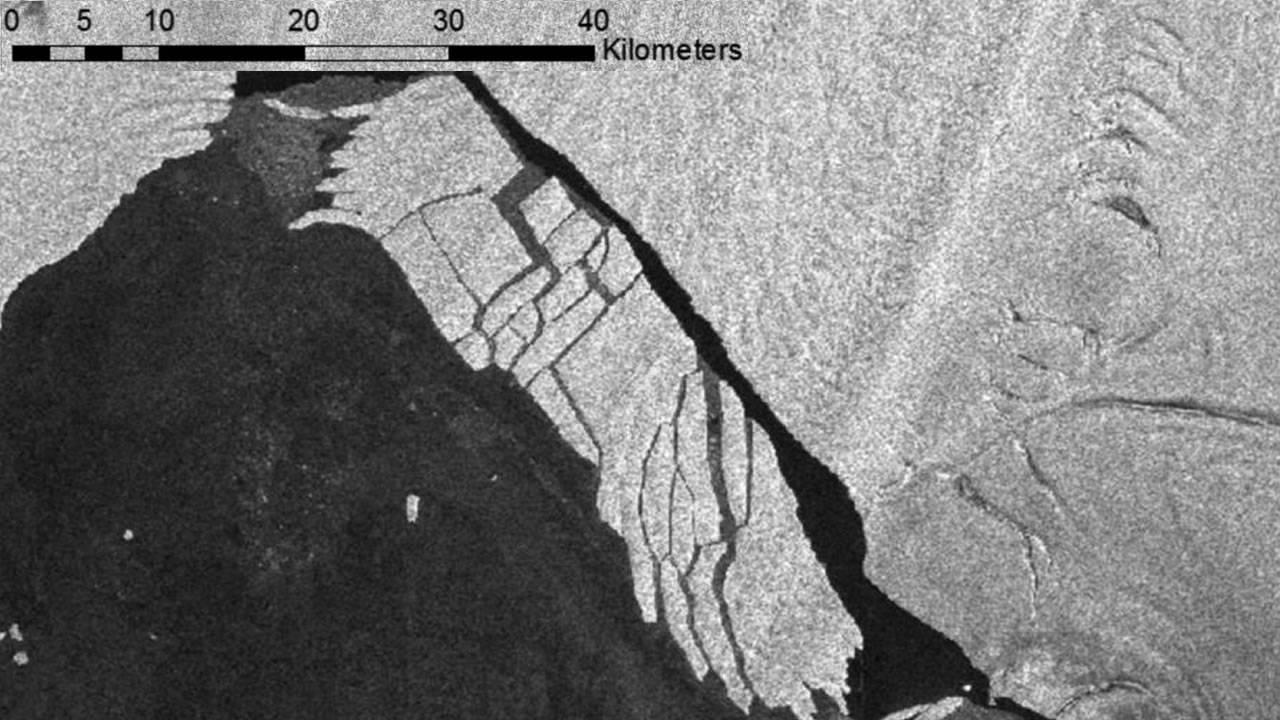 Un enorme iceberg se está desintegrando en la Antártida, causando gran preocupación en los científicos