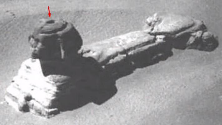 El agujero en la cabeza de la Esfinge, hoy se encuentra tapado. ¿Guarda los secretos de la Esfinge?