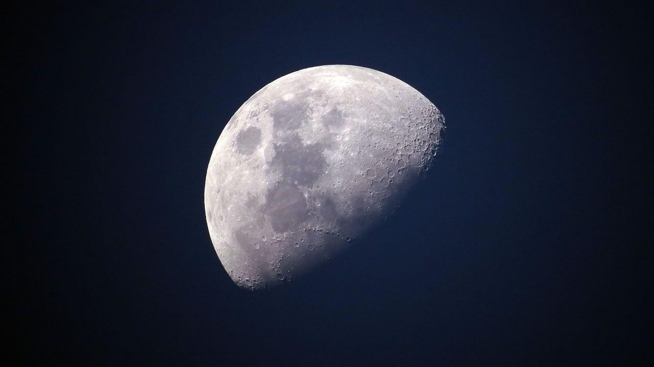 China planea aterrizar en el lado oculto de la Luna en 2018