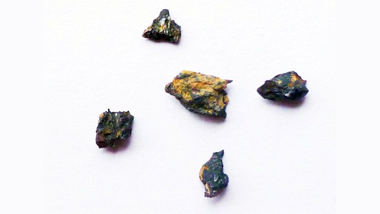 Esta roca extraterrestre contiene compuesto que no se encuentran en el Sistema Solar